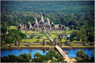 柬埔寨吴哥窟美景.jpg